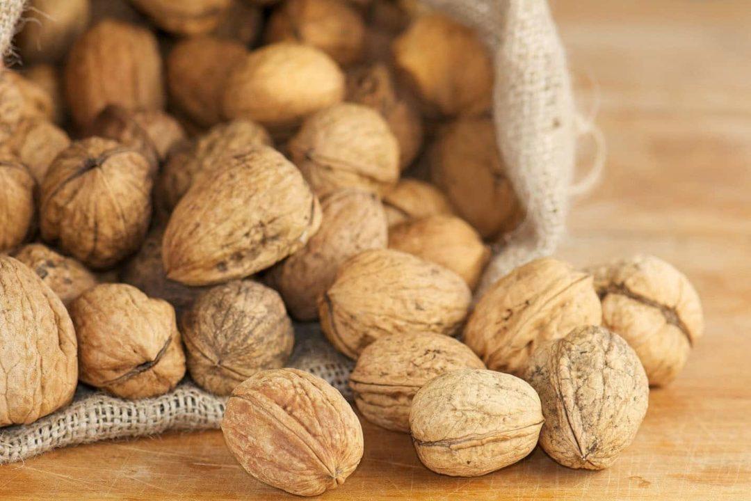 Хранение грецкого ореха в скорлупе