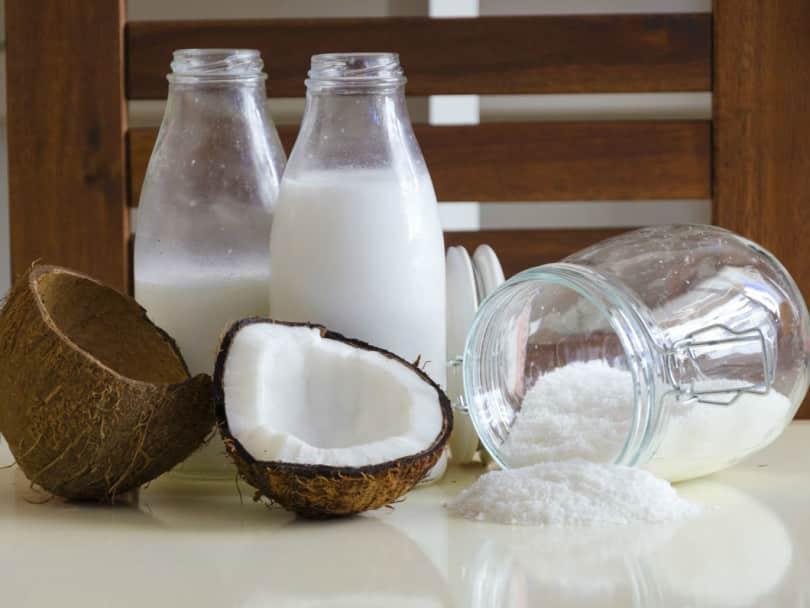 Кокосовое молоко, вода, мякоти