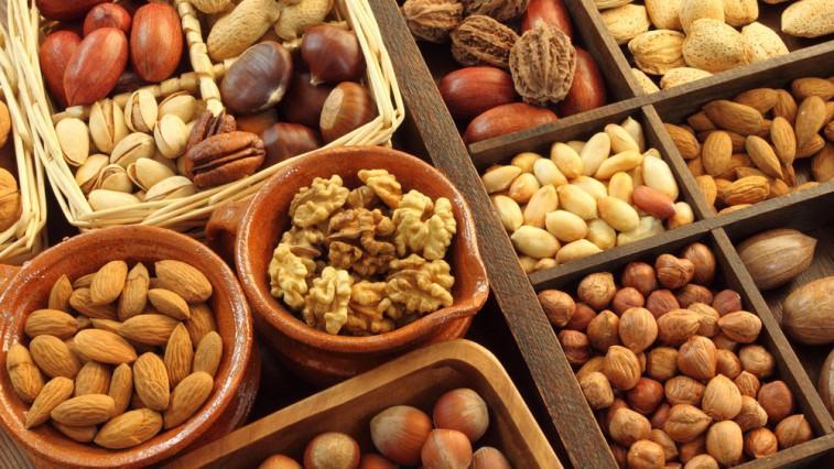 Польза орехов при СД