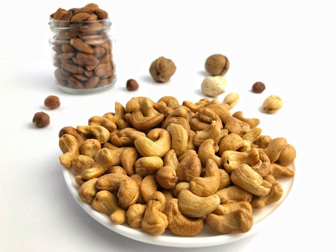 Жареные орешки кешью