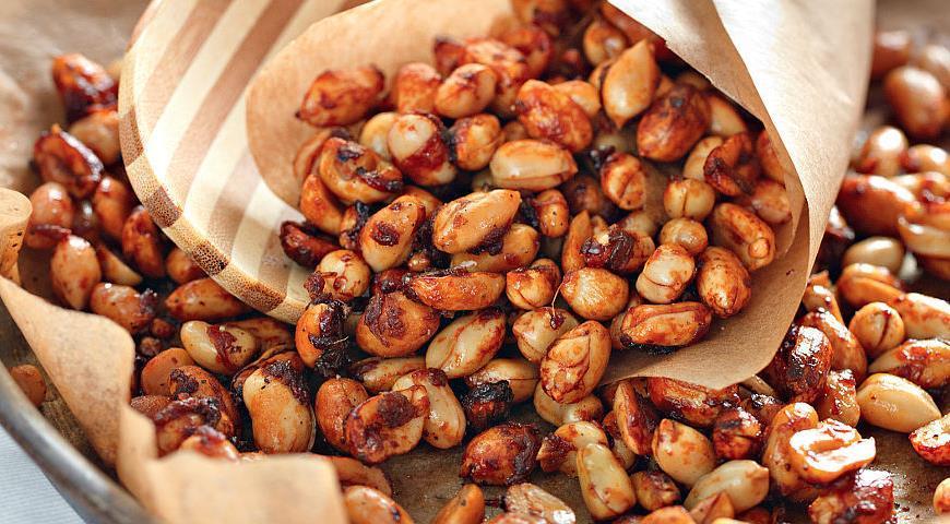 Жареный арахис в специях